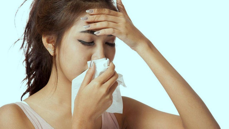 Viêm mũi xoang xuất tiết là tình trạng chảy dịch mũi nhiều
