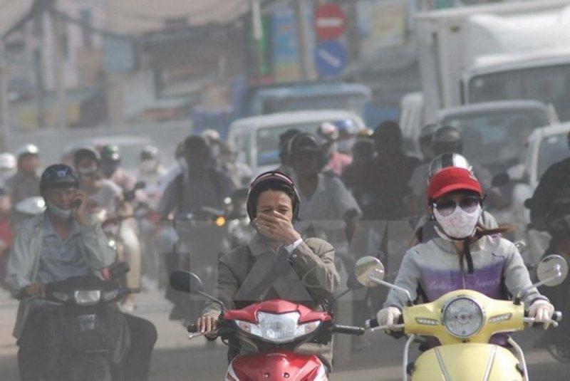 Khói bụi ô nhiễm cũng có thể là nguyên nhân gây viêm xoang nặng