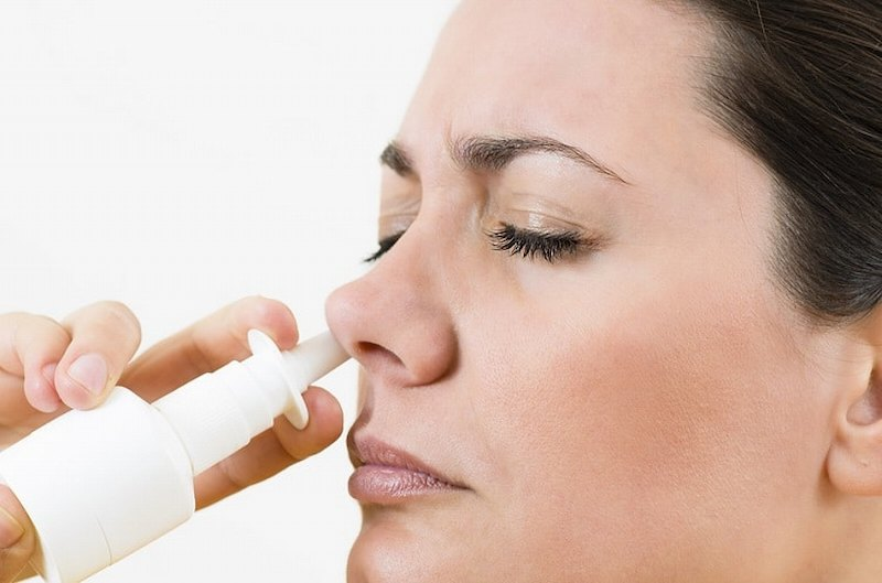 Có thể sử dụng thuốc xịt mũi giúp giảm nhanh triệu chứng bệnh
