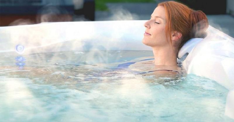Tắm nước nóng có tác dụng lưu thông máu và làm tan dịch nhầy